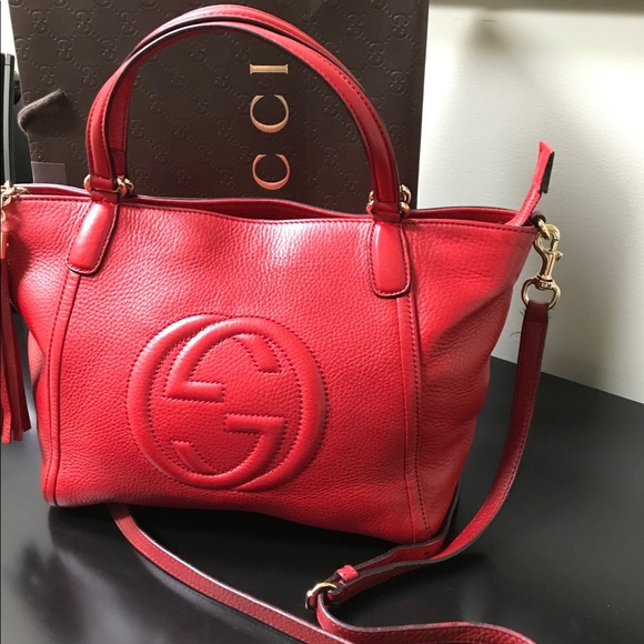 Gucci Handbags - Gucci soho crossbody